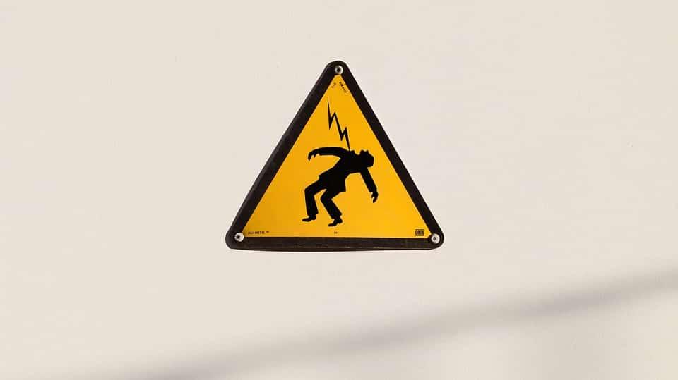 Túlfeszültségvédő az elektromos berendezésekhez
